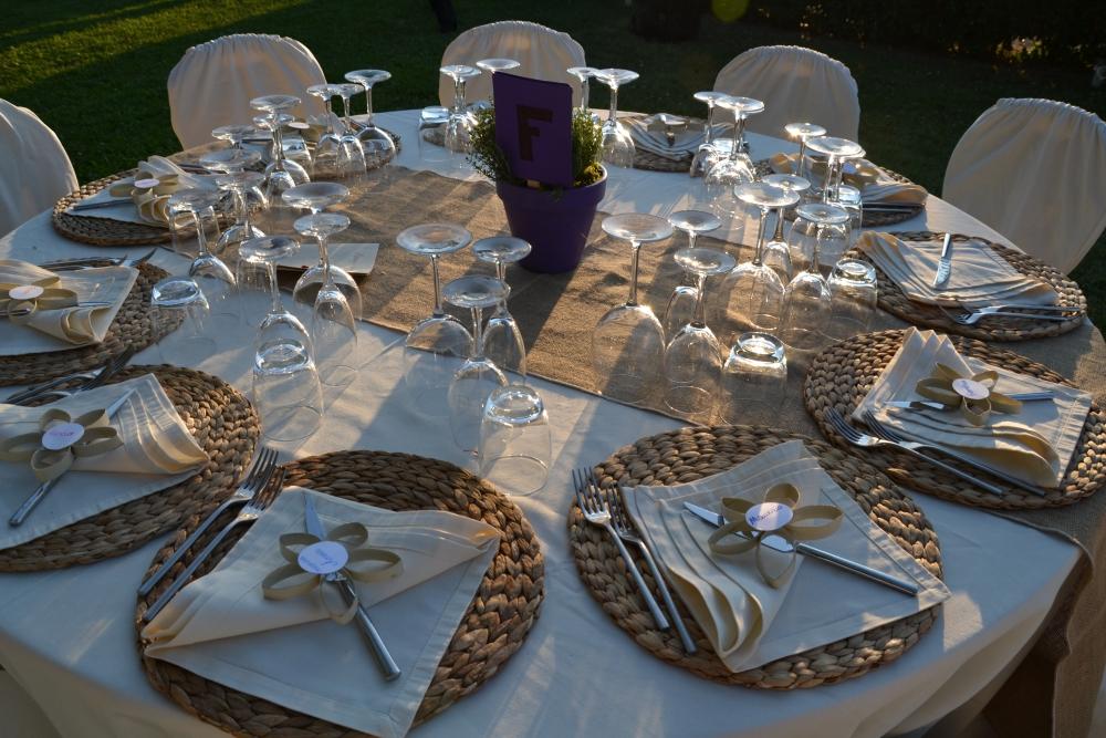 Matrimonio Rustico Campania : Allestimento tavolo matrimonio
